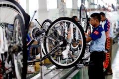 De fiets van de assemblagefiets van Indonesië royalty-vrije stock fotografie