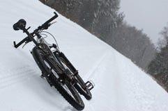 De fiets van de winter Stock Afbeeldingen