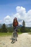 De fietser van de berg royalty-vrije stock afbeelding