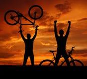 De fietsers van de berg Stock Foto's