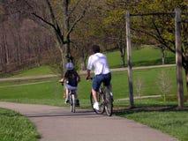 De fietsrit van de lente Royalty-vrije Stock Afbeelding