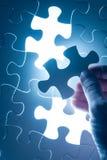 De figuurzaag van het handtussenvoegsel, conceptueel beeld van bedrijfsstrategie, decis royalty-vrije stock foto's