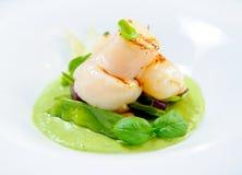 De filet van vissen en groene kerrie Royalty-vrije Stock Foto