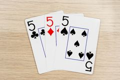 3 de fives buenos 5 - casino que juega tarjetas del póker fotografía de archivo libre de regalías