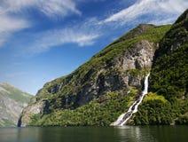 De fjord van Geiranger, Noorwegen Royalty-vrije Stock Foto