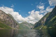 De fjord van Geiranger, Noorwegen Stock Foto