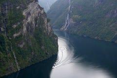 De fjord van Geiranger. Noorwegen Stock Foto's