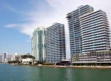 De Flatgebouwen met koopflats van de Baai van Biscayne Royalty-vrije Stock Afbeelding