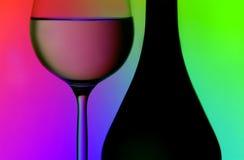 De fles & het glassilhouetten van de wijn Stock Foto's