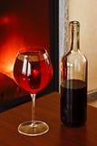 De fles en het glas Stock Foto