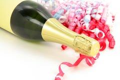 De fles en het lint van Champagne Stock Fotografie