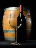 De fles en het vat van de wijn Stock Afbeeldingen