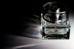 De fles onder perfum Stock Foto