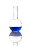 De Fles van de wetenschap (het knippen weg) Royalty-vrije Stock Foto's