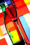 De Fles van de wijn & de Samenvatting van het Glas Stock Foto