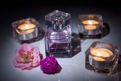 De fles van het parfumglas stock foto's