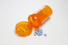 De Fles van het voorschrift en Blauwe Pillen Stock Fotografie
