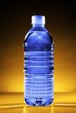 De fles van het water Stock Foto's