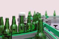 De flessen van het glas voor bier royalty-vrije stock fotografie