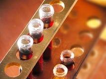 De flessen van het laboratorium Stock Foto's