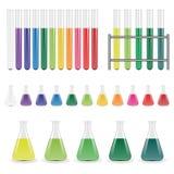 De flessen van het laboratorium en reageerbuizen Royalty-vrije Stock Fotografie