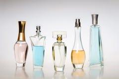 De flessen van het parfum royalty-vrije stock foto's