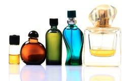 De flessen van het parfum en van de geur royalty-vrije stock afbeeldingen