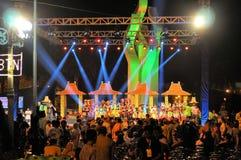 De folklore toont bij Madura-Stierenras, Indonesië Stock Foto's