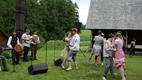 De folklore van de musicusdanser stock footage