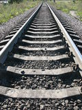 De fonctionnement un chemin de fer loin Photos stock
