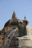 De fontein Piazza del Popolo, Italië van de leeuw Royalty-vrije Stock Afbeelding