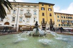 De fontein in Riva del Garda Royalty-vrije Stock Foto's