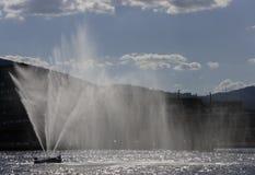 De fontein van de rivier in Drammen Stock Foto's