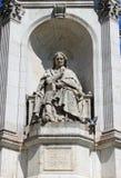 De fontein van heilige Sulpice in Parijs Stock Foto
