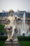 De fontein van het beeldhouwwerk en van het water Royalty-vrije Stock Foto's