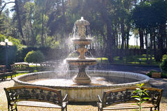 De fontein van het water in park royalty-vrije stock afbeelding