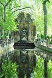 De fontein van Medicis in de tuin van Luxemburg, Parijs Stock Foto's