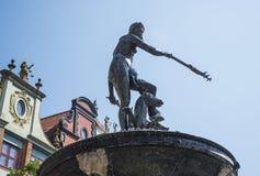 De Fontein van Neptunus in de Lange Markt Gdansk, Polen Stock Foto's