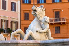 De fontein van Neptunus in Piazza Navona, Rome Stock Afbeeldingen
