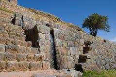 De Fonteinen van het water. Ruïnes van Tipon, Cusco, Peru stock foto