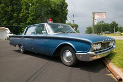 De Ford carro 1960 de polícia foto de stock royalty free