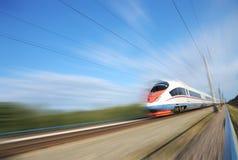 De forenzentrein van de hoge snelheid. Stock Foto's