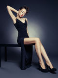 Elegante dame in avondjurk Royalty-vrije Stock Afbeelding