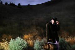 De foto van de nacht van mens het lopen Stock Foto