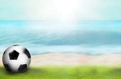 De foto van het het strandparadijs van de voetbaltijd en 3D geeft achtergrond terug Royalty-vrije Stock Fotografie