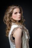 De foto van het profiel van geheimzinnige blonde Royalty-vrije Stock Foto's