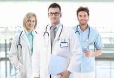 De foto van het team van jonge artsen Stock Fotografie
