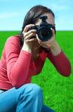 De fotograaf van de vrouw Stock Foto's