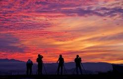 De fotografen silhouetteren Royalty-vrije Stock Afbeeldingen