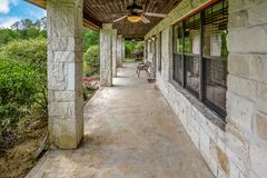 De Fotografie van Texas Mini Farm /Ranch Real Estate stock afbeelding